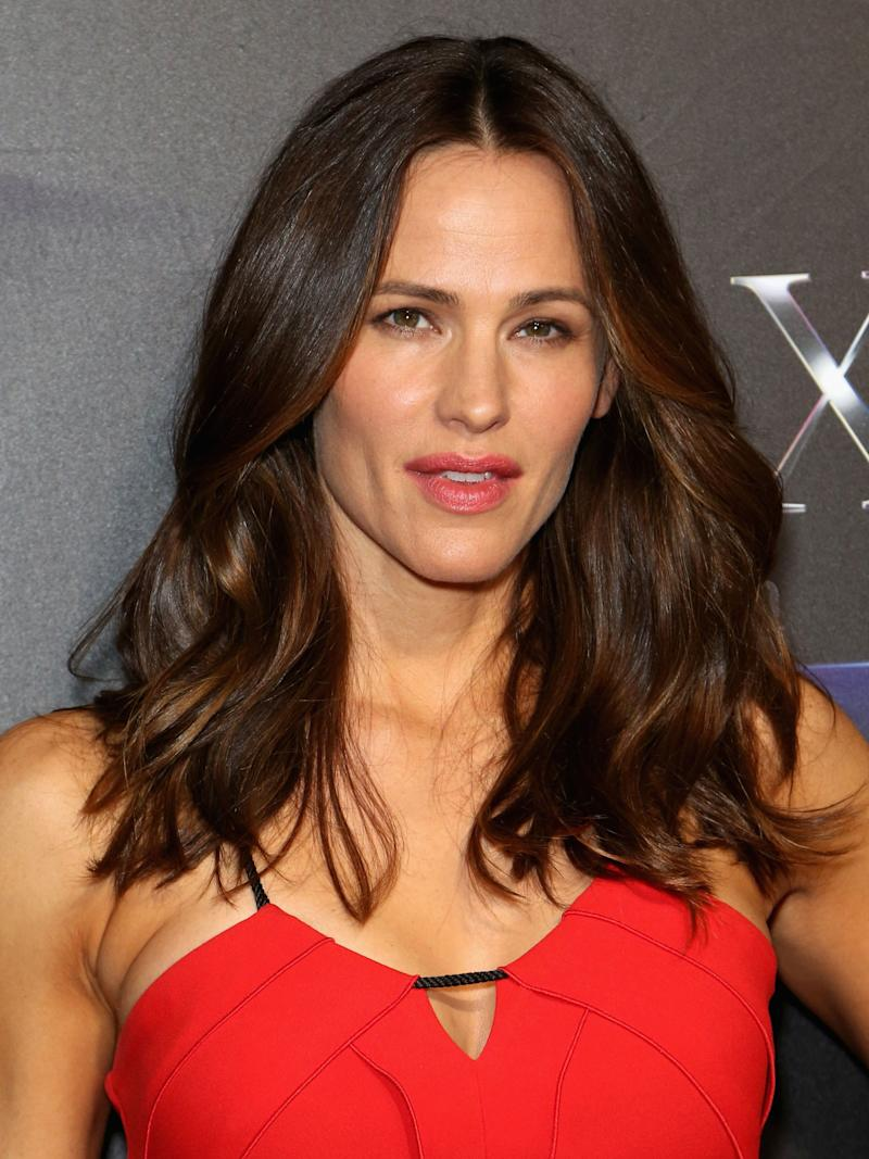 foto Jennifer Garner Says This 7 Facial Sunscreen Keeps Her Looking Young