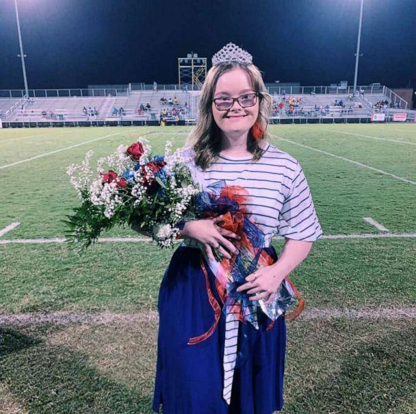 PHOTO: Nataleigh Deal, 19, was crowned homecoming queen at at Strom Thurmond High School. (Dawn Ford)