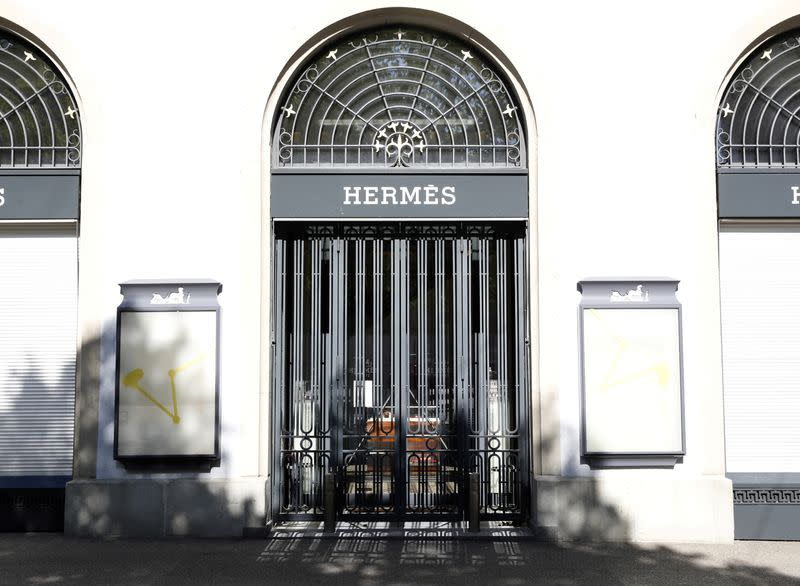 Hermes sales fall 7.7% in first quarter as coronavirus crisis bites