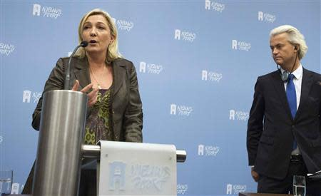 Geert Wilders, leader of the Netherlands' Party for Freedom (PVV), and far-right leader Marine Le Pen of France address a news conference in The Hague