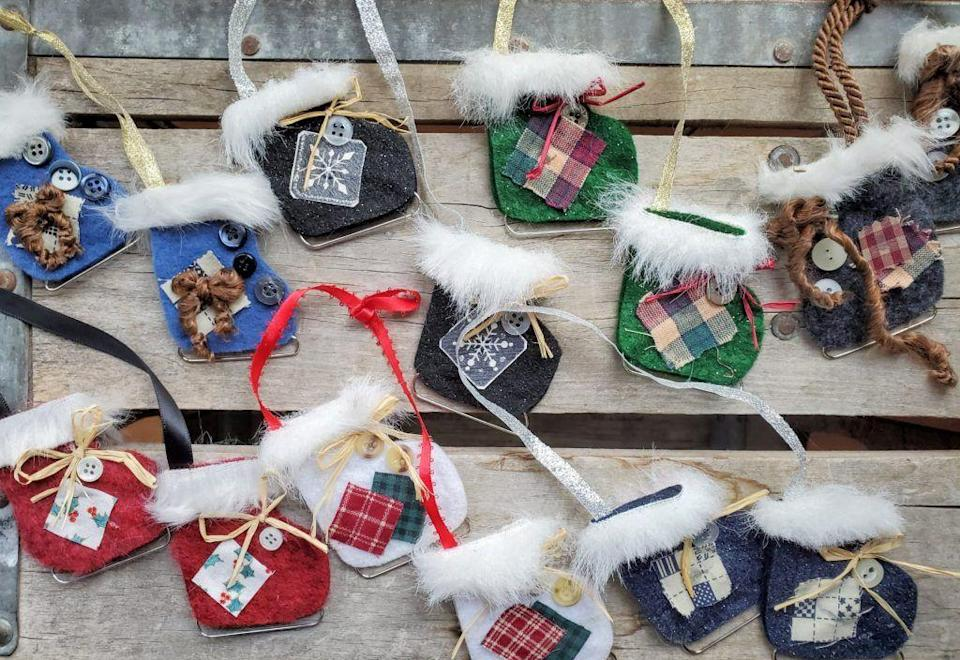 """<p>These felt ice skate ornaments use a paper clip as the blade, and they couldn't get any cuter. I mean, look at the faux fur on top and the little buttons!</p><p>Get the tutorial at <a href=""""https://makingmyabode.com/adorable-diy-handmade-felt-ice-skate-ornaments/"""" rel=""""nofollow noopener"""" target=""""_blank"""" data-ylk=""""slk:Making My Abode"""" class=""""link rapid-noclick-resp"""">Making My Abode</a>.</p>"""
