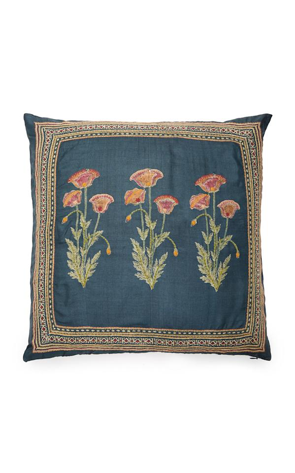 """<p><strong>Marigold Living</strong></p><p>modaoperandi.com</p><p><strong>$460.00</strong></p><p><a href=""""https://go.redirectingat.com?id=74968X1596630&url=https%3A%2F%2Fwww.modaoperandi.com%2Fmarigold-living-ss19%2Fpoppy-embroidered-silk-pillow&sref=http%3A%2F%2Fwww.elledecor.com%2Fshopping%2Fg28213421%2Fmoda-operandi-marigold-living-block-print-pillows%2F"""" target=""""_blank"""">Shop Now</a></p><p>These hand-stitched poppies couldn't be prettier.</p>"""