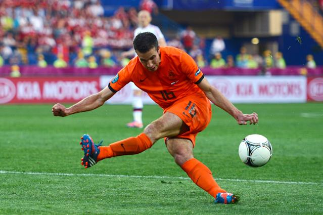 KHARKOV, UKRAINE - JUNE 09: Robin van Persie of Netherlands misses a chance at goal during the UEFA EURO 2012 group B match between Netherlands and Denmark at Metalist Stadium on June 9, 2012 in Kharkov, Ukraine. (Photo by Lars Baron/Getty Images)