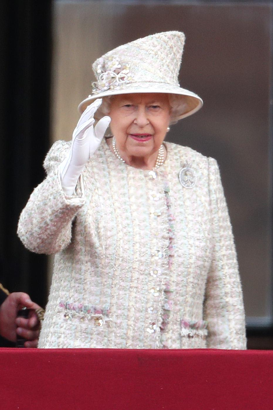 The Queen wore a more neutral outfit than usual in 2019, in tweed by Angela Kelly, her personal dresser, with a Launer handbag and Anella and Davide shoes. (Getty Images)