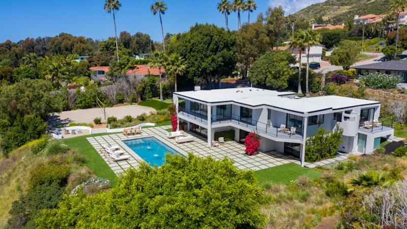 The longtime Malibu home of actor Robert Conrad, who died in February, is listing for sale at $5.195 million.