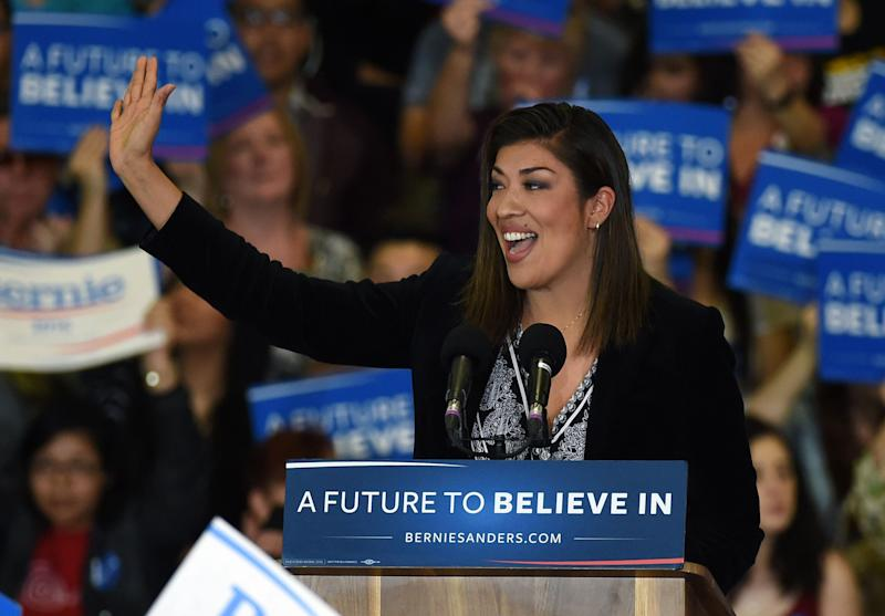 Lucy Flores, seen here campaigning for Sen. Bernie Sanders (I-Vt.) during his 2016 presidential run, is backing Sen. Elizabeth Warren (D-Mass.) this time. (Photo: Ethan MillerGetty Images)