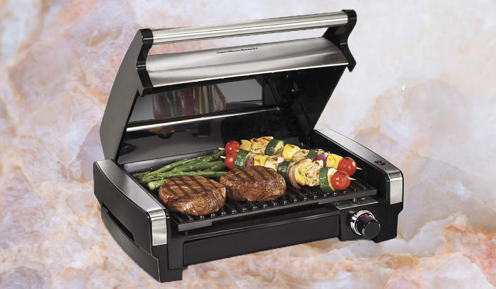 Who said you need a fancy outdoor setup to grill? Not us! (Photo: Amazon)