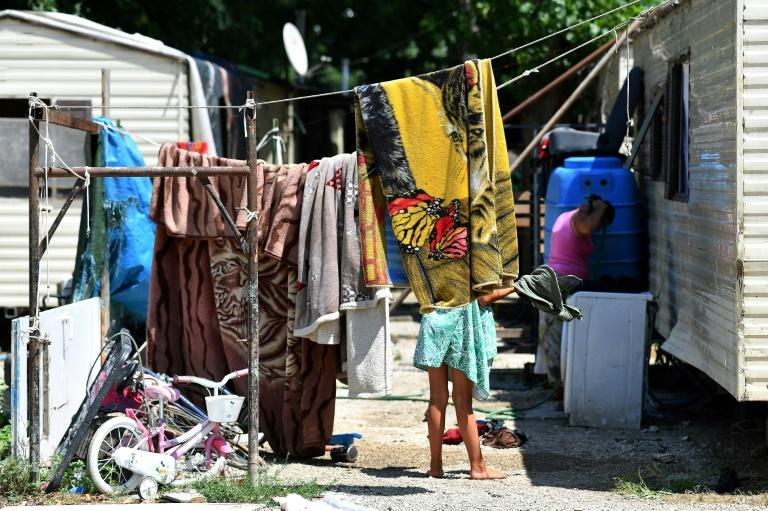 The Council of Europe estimates there are between 120,000 and 180,000 Roma, Sinti and Caminanti in Italy -- one of the lowest concentrations in Europe