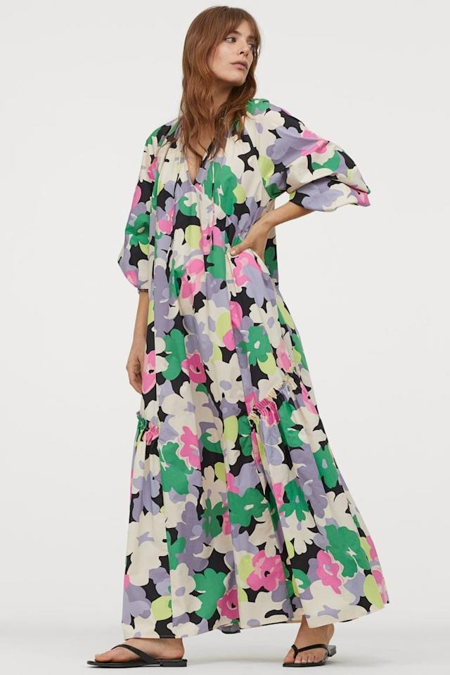 """<p>You'll want to wear this breezy <a href=""""https://www.popsugar.com/buy/HampM-Cotton-Kaftan-Dress-583209?p_name=H%26amp%3BM%20Cotton%20Kaftan%20Dress&retailer=www2.hm.com&pid=583209&price=50&evar1=fab%3Aus&evar9=47559591&evar98=https%3A%2F%2Fwww.popsugar.com%2Fphoto-gallery%2F47559591%2Fimage%2F47559714%2FHM-Cotton-Kaftan-Dress&list1=shopping%2Ch%26m%2Cdresses%2Csustainability%2Cproducts%20under%20%2450%2Cfashion%20shopping%2Csustainable%20fashion&prop13=api&pdata=1"""" rel=""""nofollow"""" data-shoppable-link=""""1"""" target=""""_blank"""" class=""""ga-track"""" data-ga-category=""""Related"""" data-ga-label=""""https://www2.hm.com/en_us/productpage.0869424001.html"""" data-ga-action=""""In-Line Links"""">H&amp;M Cotton Kaftan Dress</a> ($50) all the time.</p>"""