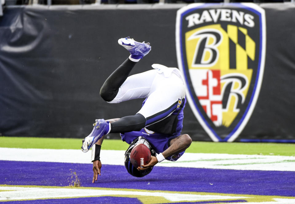 BALTIMORE, MD - NOVEMBER 01: Baltimore Ravens quarterback Lamar Jackson (8) has a touchdown run called back for a holding penalty during the Pittsburgh Steelers game versus the Baltimore Ravens on November 1, 2020 at M&T Bank Stadium in Baltimore, MD.  (Photo by Mark Goldman/Icon Sportswire via Getty Images)
