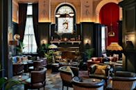 """<p><strong>The Skinny :</strong></p><p>Seeking a stay with a touch of old-world opulence and charm, but with all the contemporary comforts of a newly opened hotel, look no further than Kimpton Fitzroy in London. </p><p>Built in Virginia Woolf's Bloomsbury in 1898, this Grade II-listed building is steeped in history. But following a recent revamp in 2018, led by designer Tara Bernerd & Partners, this legacy hotel has a modern boutique feel on a grand scale. </p><p><a class=""""link rapid-noclick-resp"""" href=""""https://go.redirectingat.com?id=127X1599956&url=https%3A%2F%2Fwww.ihg.com%2Fkimptonhotels%2Fhotels%2Fus%2Fen%2Ffitzroy-london-hotel-uk%2Flonlp%2Fhoteldetail&sref=https%3A%2F%2Fwww.elle.com%2Fuk%2Flife-and-culture%2Ftravel%2Fg23050000%2Fthe-best-luxury-london-hotels%2F"""" rel=""""nofollow noopener"""" target=""""_blank"""" data-ylk=""""slk:Book Now""""> Book Now</a></p>"""