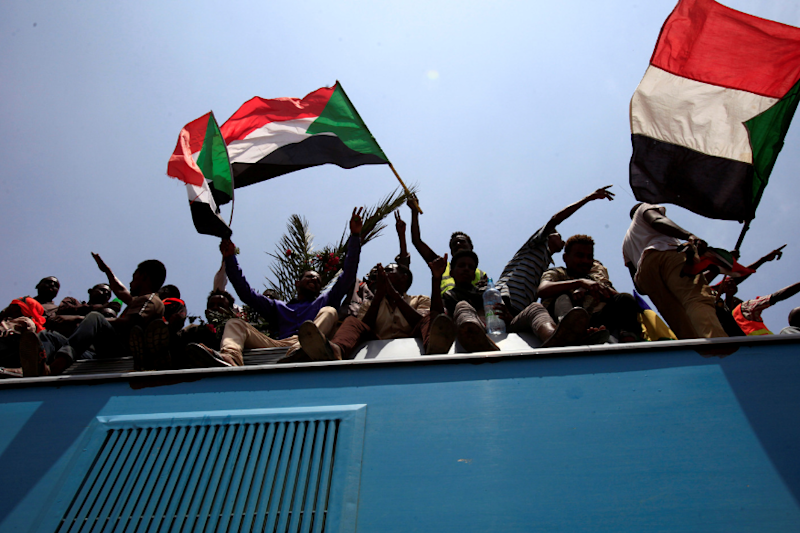 France to Press US to Drop Sudan from Terror Blacklist, Build Relationships Afresh