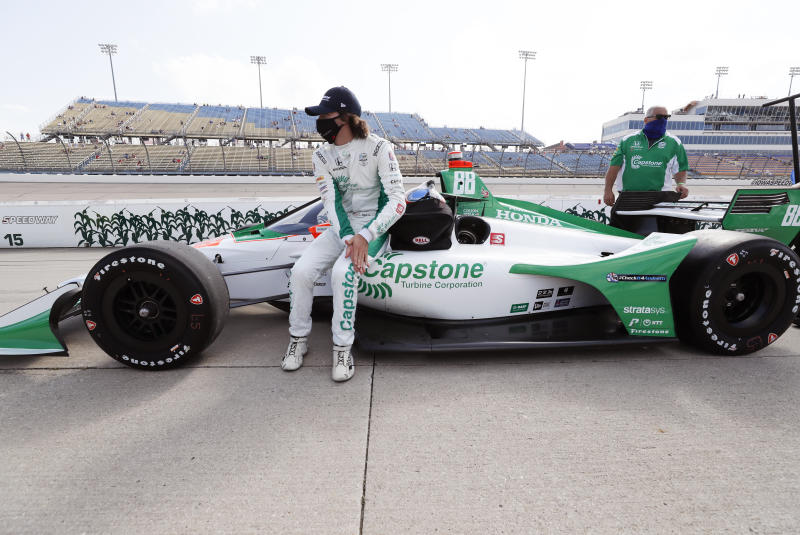 Scott Dixon settles for second after colossal battle for IndyCar win