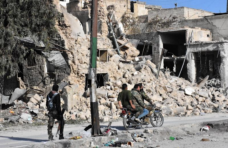 recapturing oval office. Syrian Pro-government Forces Patrol The Bab Al-Hadid Neighbourhood In  Aleppo\u0026#39 Recapturing Oval Office F