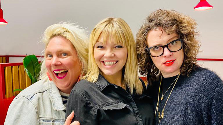 Comedy duo Scummy Mummies appeared on podcast White Wine Question Time with host Kate Thornton