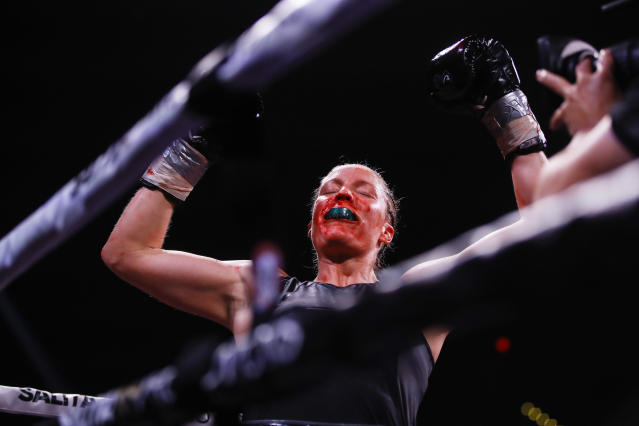 Elin Cederroos, reacts after defeating Alicia Napoleon-Espinosa in a boxing bout in Atlantic City, N.J., Friday, Jan. 10, 2020. (AP Photo/Matt Rourke)