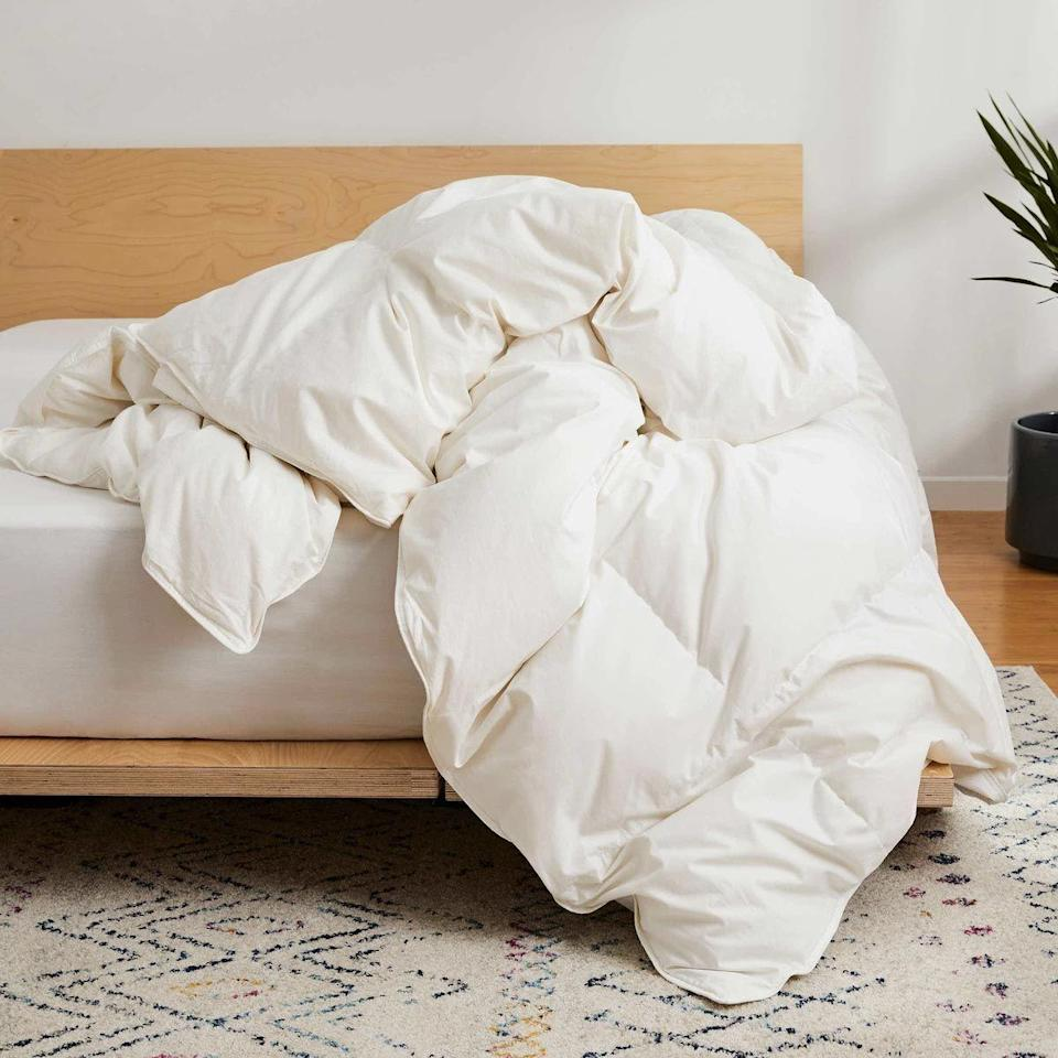 """<p><strong>Brooklinen</strong></p><p>brooklinen.com</p><p><strong>$199.00</strong></p><p><a href=""""https://go.redirectingat.com?id=74968X1596630&url=https%3A%2F%2Fwww.brooklinen.com%2Fcollections%2Fcomforters%2F&sref=https%3A%2F%2Fwww.goodhousekeeping.com%2Fhome-products%2Fcomforter-reviews%2Fg28775854%2Fbest-comforters%2F"""" rel=""""nofollow noopener"""" target=""""_blank"""" data-ylk=""""slk:Shop Now"""" class=""""link rapid-noclick-resp"""">Shop Now</a></p><p>Brooklinen's online-only shopping platform makes it easy to buy quality <a href=""""https://www.goodhousekeeping.com/home-products/g27672604/best-bedding/"""" rel=""""nofollow noopener"""" target=""""_blank"""" data-ylk=""""slk:bedding"""" class=""""link rapid-noclick-resp"""">bedding</a> at a good price (we're big fans of the brand's <a href=""""https://www.goodhousekeeping.com/home-products/best-sheets/g3038/best-sheets-reviews/"""" rel=""""nofollow noopener"""" target=""""_blank"""" data-ylk=""""slk:sheets"""" class=""""link rapid-noclick-resp"""">sheets</a>!), and when it comes to comforters you get to <strong>choose between six choices: <a href=""""https://go.redirectingat.com?id=74968X1596630&url=https%3A%2F%2Fwww.brooklinen.com%2Fproducts%2Fdown-comforter&sref=https%3A%2F%2Fwww.goodhousekeeping.com%2Fhome-products%2Fcomforter-reviews%2Fg28775854%2Fbest-comforters%2F"""" rel=""""nofollow noopener"""" target=""""_blank"""" data-ylk=""""slk:Down"""" class=""""link rapid-noclick-resp"""">Down</a> and <a href=""""https://go.redirectingat.com?id=74968X1596630&url=https%3A%2F%2Fwww.brooklinen.com%2Fcollections%2Fcomforters%2Fproducts%2Fdown-alternative-comforter&sref=https%3A%2F%2Fwww.goodhousekeeping.com%2Fhome-products%2Fcomforter-reviews%2Fg28775854%2Fbest-comforters%2F"""" rel=""""nofollow noopener"""" target=""""_blank"""" data-ylk=""""slk:down-alternative"""" class=""""link rapid-noclick-resp"""">down-alternative</a> as the fill and three weights</strong> for each. The weights include lightweight, all-season and ultra-warm, offering something for everyone depending on how cold (or hot) you get at night. Both fills are dry clean only, but they hav"""