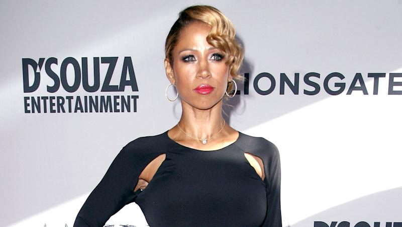 'Clueless' actress Stacey Dash charged with domestic battery
