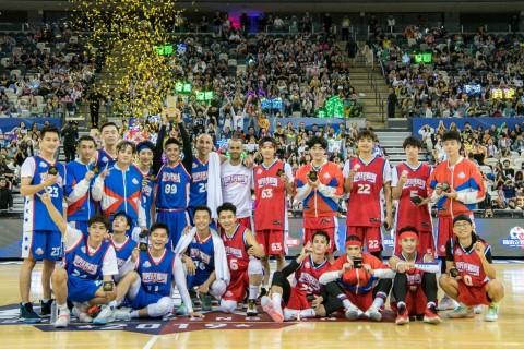 2019 Super Penguin Celebrity Game Sees a Successful Completion