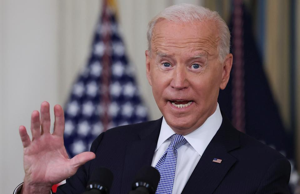 President Biden answers questions from the media after speaking about COVID-19 vaccines and booster shots at the White House September 24, 2021. REUTERS/Evelyn Hockstein