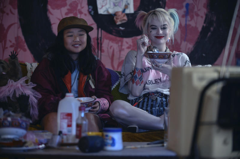 Cassandra Cain (Ella Jay Basco) and Harley Quinn (Margot Robbie) in Birds of Prey (PHOTO: Warner Bros Pictures)