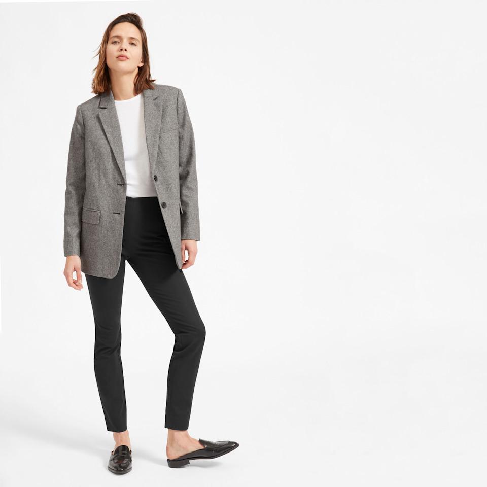 """<h3><a href=""""https://www.everlane.com/products/womens-work-pant-regular-black"""" rel=""""nofollow noopener"""" target=""""_blank"""" data-ylk=""""slk:Everlane The Side-Zip Work Pant"""" class=""""link rapid-noclick-resp"""">Everlane The Side-Zip Work Pant</a></h3><br>Although this pair of top-shopped pants — featured in our <a href=""""https://www.refinery29.com/en-us/travel-outfits"""" rel=""""nofollow noopener"""" target=""""_blank"""" data-ylk=""""slk:R29-reader sourced travel outfit guide"""" class=""""link rapid-noclick-resp"""">R29-reader sourced travel outfit guide</a> — aren't <em>technically</em> on sale, you can still save by buying them. As part of Everlane's Black Friday promotion, the brand will <a href=""""https://oceana.org/"""" rel=""""nofollow noopener"""" target=""""_blank"""" data-ylk=""""slk:donate $10 of every purchase to Oceana"""" class=""""link rapid-noclick-resp"""">donate $10 of every purchase to Oceana</a>.<br><br><strong>Everlane</strong> The Work Pant (Regular) - Black, $, available at <a href=""""https://www.everlane.com/products/womens-work-pant-regular-black"""" rel=""""nofollow noopener"""" target=""""_blank"""" data-ylk=""""slk:Everlane"""" class=""""link rapid-noclick-resp"""">Everlane</a>"""