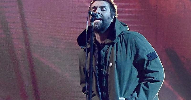 The Brit Awards has paid tribute to the victims of last year's Manchester bombings with a poignant performance from Liam Gallagher.