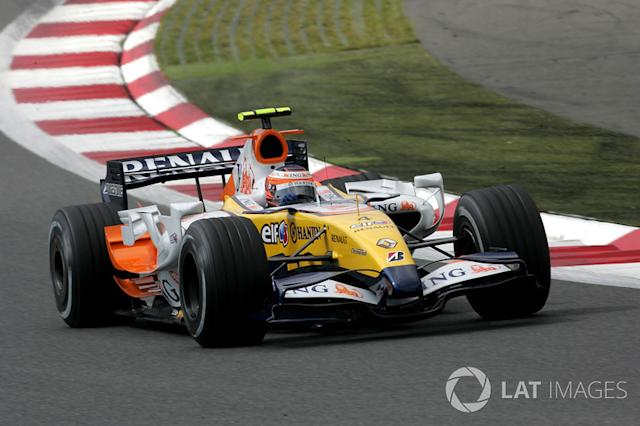 "2007: Renault R27 <span class=""copyright"">Sutton Motorsport Images</span>"