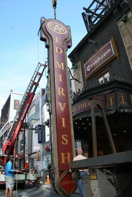 CAA South Central Ontario (CAA SCO) and Mirvish Productions are proud to announce the signing of a new 10-year partnership agreement that includes naming rights to the CAA Ed Mirvish Theatre formerly known as the Ed Mirvish Theatre in Toronto. (CNW Group/CAA South Central Ontario)