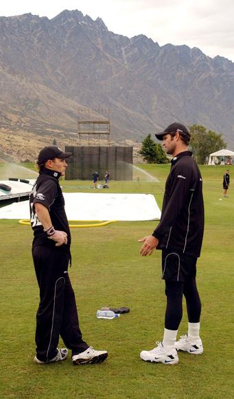 NEW ZEALAND - JANUARY 06: New Zealand's Brendon McCullum, left and Chris Cairns at Queenstown, Tuesday, Jan 06, 2004, as the team prepares for the second one day international cricket match against Pakistan at the Queenstown Events Centre, Wednesday. (Photo by Ross Setford/Getty Images)