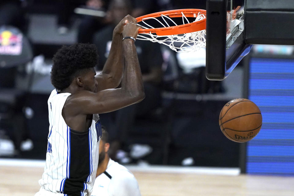 Jonathan Isaac dunking for the Orlando Magic.