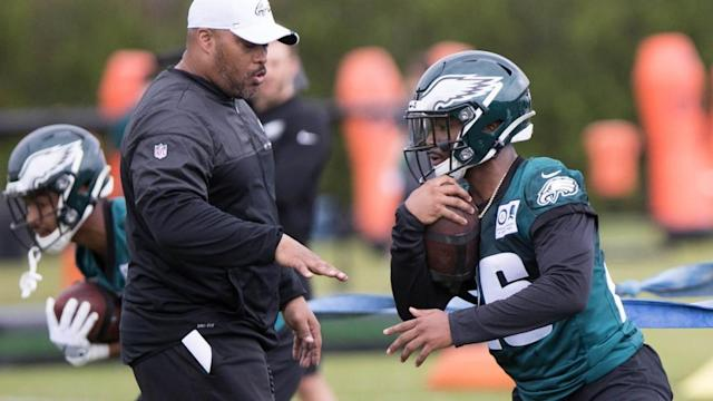 Duce Staley says Eagles will continue to utilize a running back-by-committee
