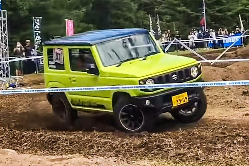 Suzuki Jimny goes off-road. (Image Courtesy: YouTube/Jimny Indonesia)
