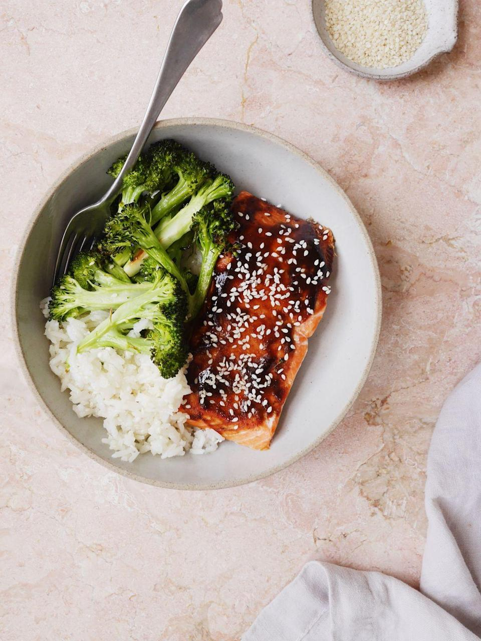 "<p>Dinner bowl game strong.</p><p>Get the recipe from <a href=""https://www.delish.com/cooking/recipe-ideas/recipes/a52439/hoisin-glazed-salmon-with-broccoli-and-sesame-rice-recipe/"" rel=""nofollow noopener"" target=""_blank"" data-ylk=""slk:Delish"" class=""link rapid-noclick-resp"">Delish</a>.</p>"