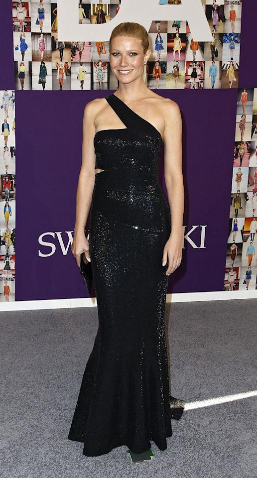 """The only woman to give Alexis a run for her money at the annual fete was Gwyneth Paltrow, who glammed it up in a remarkable Michael Kors gown. The Oscar winner completed her look with a black crocodile clutch and Fred Leighton baubles. B. Ach/<a href=""""http://www.infdaily.com"""" target=""""new"""">INFDaily.com</a> - June 7, 2010"""