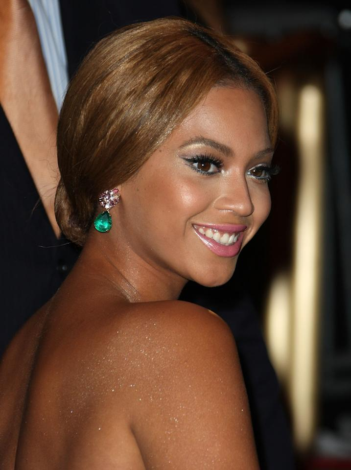 <p>Beyonce arrives to the Metropolitan Museum of Art Costume Institute Gala, Superheroes: Fashion and Fantasy, held at the Metropolitan Museum of Art on May 5, 2008.</p>