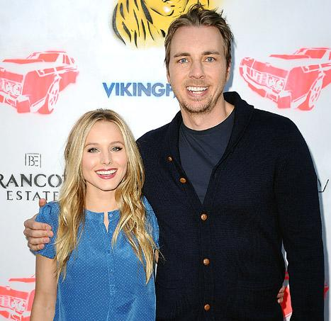 """Kristen Bell Tweets About Baby Girl Lincoln, Compares Daughter to a """"Pre-Sobriety"""" Dax Shepard"""