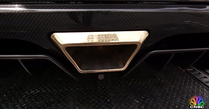 Gold-exhaust pipe on Agera RS Phoenix