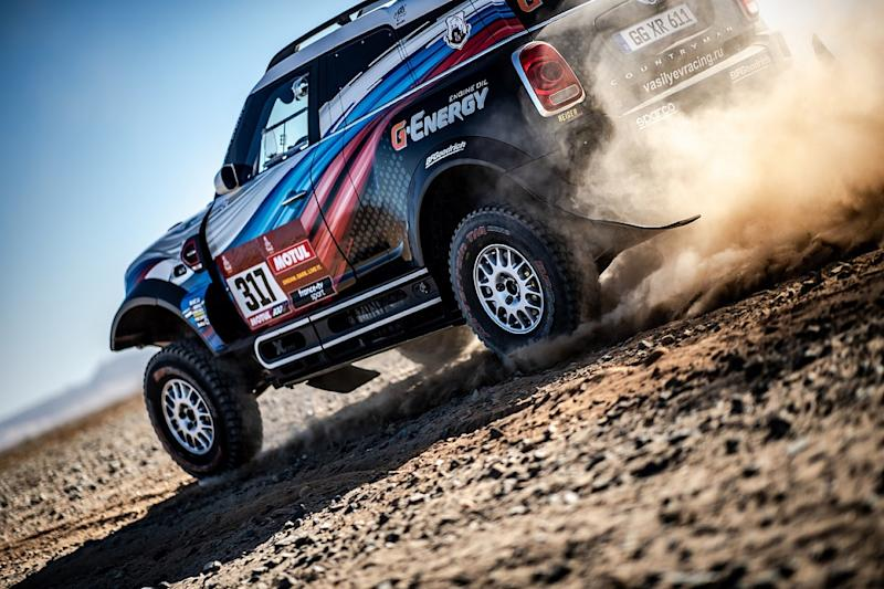Carlos Sainz wins Dakar Rally for third time