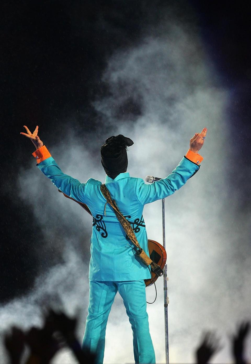 Prince performs during the Pepsi Halftime Show at Super Bowl XLI between the Indianapolis Colts and the Chicago Bears on February 4, 2007, at Dolphin Stadium in Miami. (Photo by Jed Jacobsohn/Getty Images)