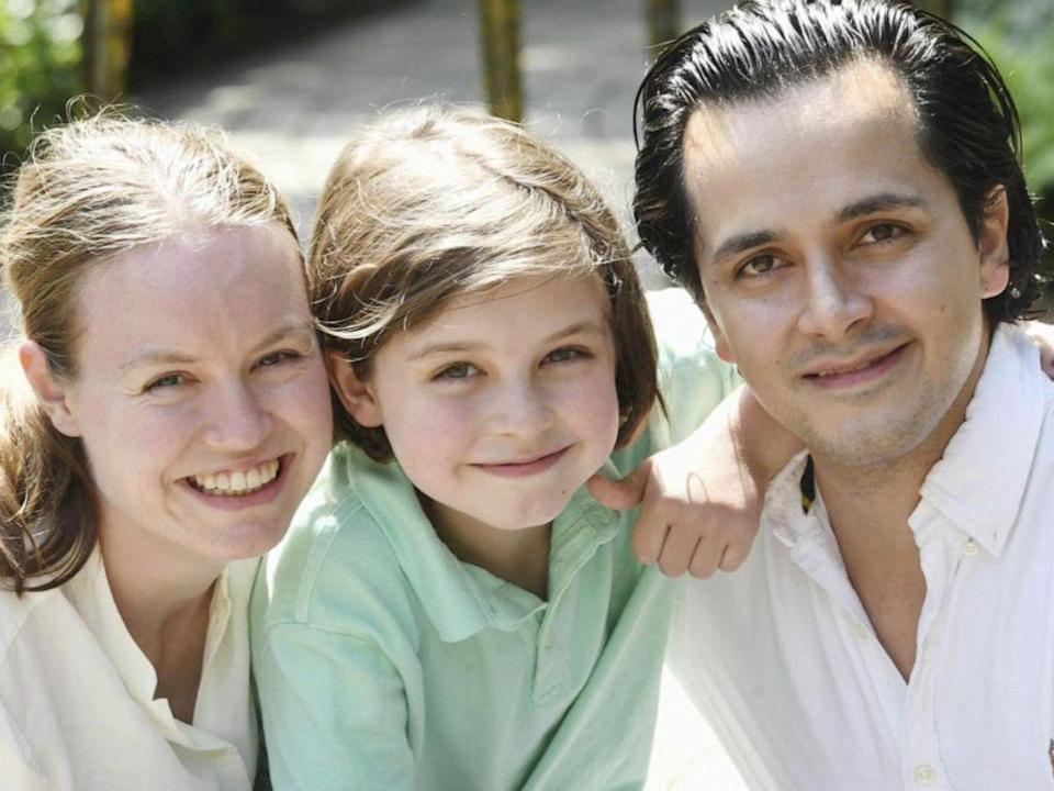 World's second youngest graduate with his parents