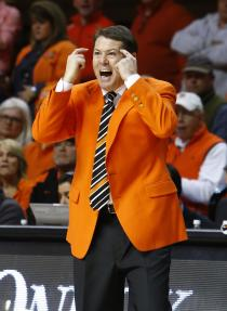 Travis Ford and Oklahoma State have won three consecutive games. (USAT)