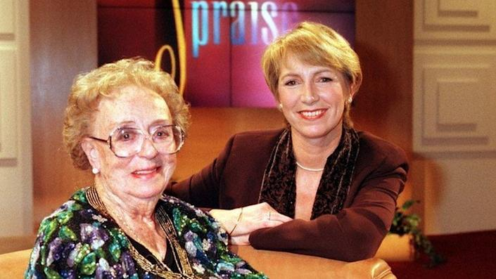 Thora Hird and Pam Rhodes, in 2000