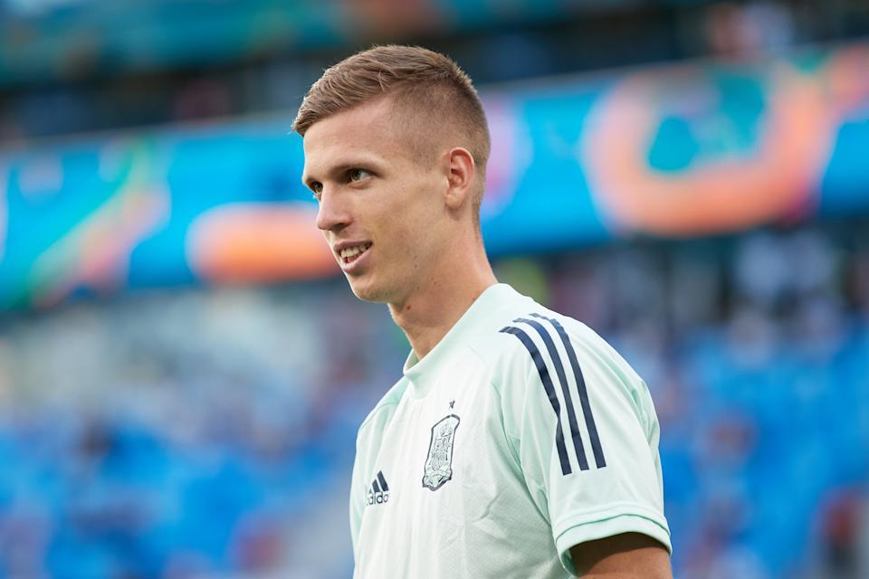 SAINT PETERSBURG, RUSSIA - JULY 02: Dani Olmo of Spain reacts during their warm up before during the UEFA Euro 2020 Championship Quarter-final match between Switzerland and Spain at Saint Petersburg Stadium on July 02, 2021 in Saint Petersburg, Russia. (Photo by Gonzalo Arroyo - UEFA/UEFA via Getty Images)