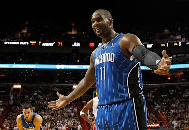 Glen Davis reportedly turned himself in on charges that he slammed a man on concrete outside of an L.A. night club and left the alleged victim with multiple broken bones. (Getty)