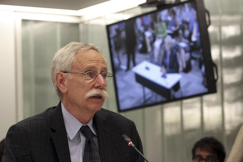 Walter Willett, a professor of epidemiology and nutrition at Harvard School of Public Health, speaks during a New York City Board of Health public hearing on the proposal to limit the size of sugary drinks Tuesday, July 24, 2012 in New York. New York faced the next step in a bitter battle over large sugary†drinks Tuesday, with the soft drink and restaurant industries protesting the mayor's proposed ban and the public lining up to have its say. (AP Photo/Mary Altaffer)