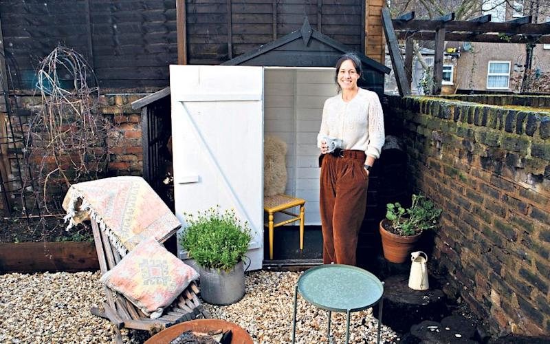 A Room of one's own: Jessica Salter and a tiny shed - Rii Schroer