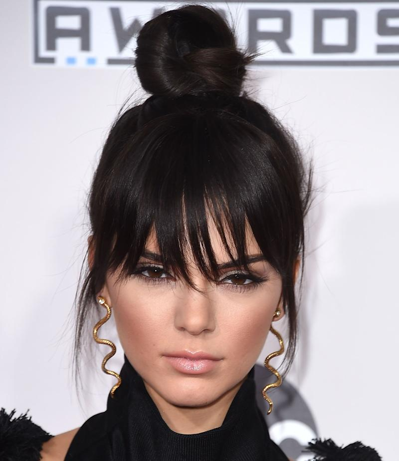 LOS ANGELES, CA - NOVEMBER 22: Kendall Jenner arrives at the 2015 American Music Awards at Microsoft Theater on November 22, 2015 in Los Angeles, California. (Photo by Steve Granitz/WireImage)