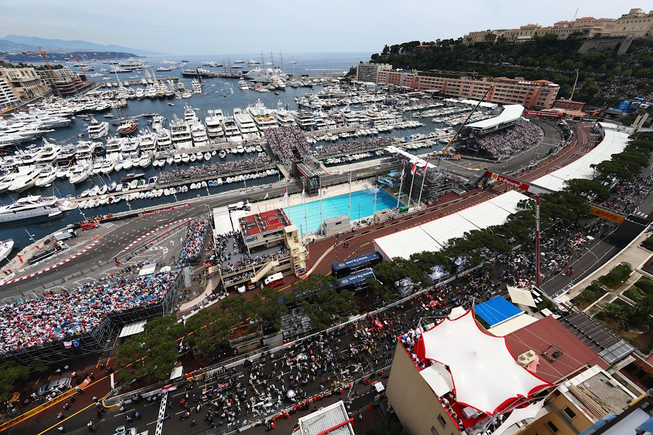 MONTE CARLO, MONACO - MAY 27:  General view of the grid before the start of the Monaco Formula One Grand Prix at the Circuit de Monaco on May 27, 2012 in Monte Carlo, Monaco.  (Photo by Paul Gilham/Getty Images)
