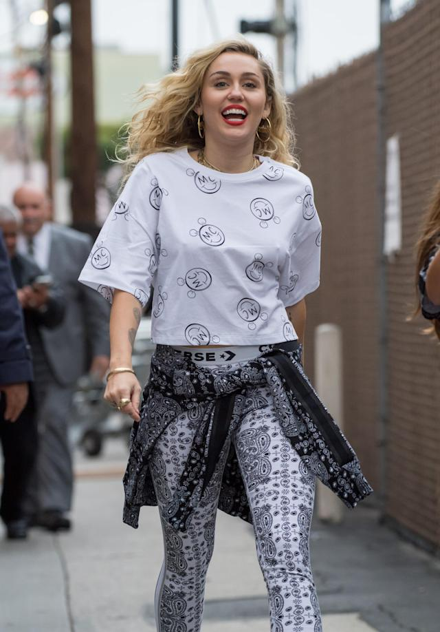 Miley Cyrus arrives to tape <em>Jimmy Kimmel Live </em>on May 1, 2018. (Photo: RB/Bauer-Griffin/GC Images)